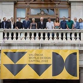 <p>Presentació de l'anunci amb el President de la Generalitat, l'Alcalde de València, tots Els partits de govern i agents implicats.</p>