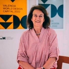 <p>Conference of the President of the World Design Organization, Luisa Bocchietto, at Feria Hábitat Valencia.</p>