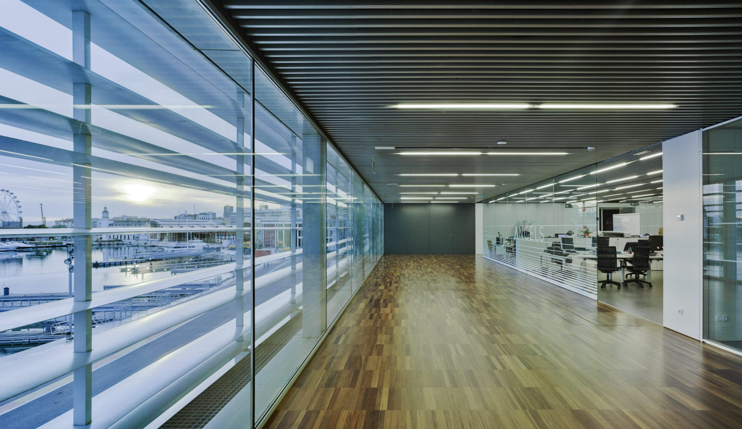 Las oficinas del futuro miran al mar